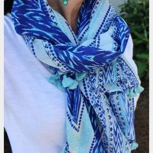 Stella & dot scarf