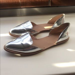 Silver Pointed-toe Metallic Leather D'orsay Flats