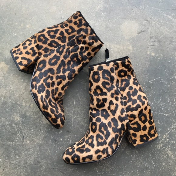 9da5f5cf46e02d Never worn Sam Edelman Taye Leopard Hair Boots 5. M 59d8e5028f0fc40c9d0495a4