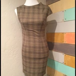 Dresses & Skirts - Valencia dress size small