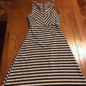 Black and Cream maxi dress size M