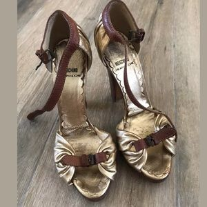 Moschino cheap & Chic gold leather heels Sz 37