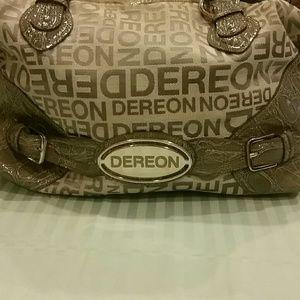 Dereon