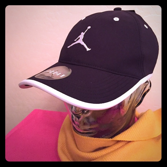 fa1e0d0554a1 Jordan Accessories