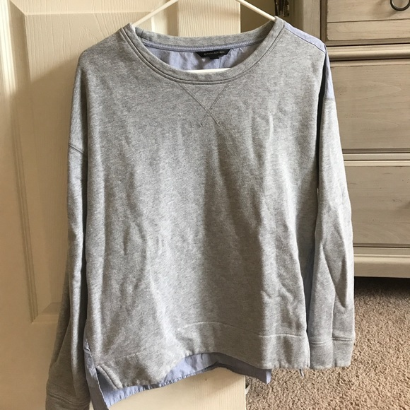 Banana Republic Tops - Banana Republic Sweatshirt