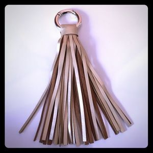 🍰Sale! Zara tassel attachment perfect for purses!