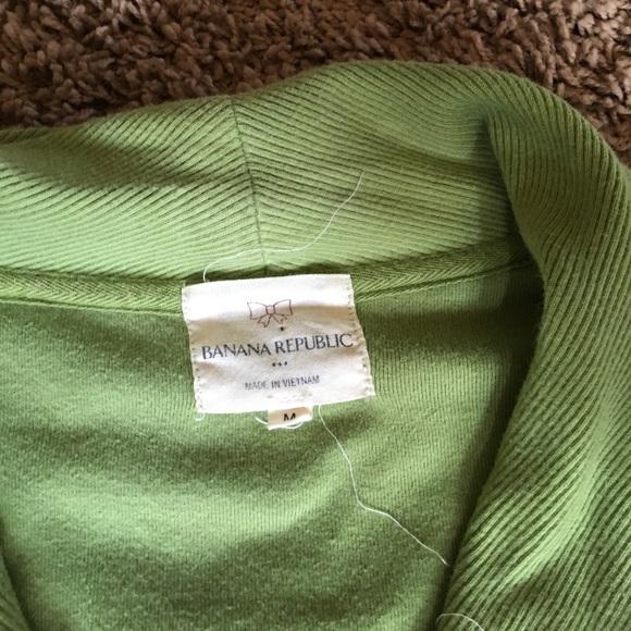 Banana Republic Tops - Sz M Banana Republic apple green sweatshirt