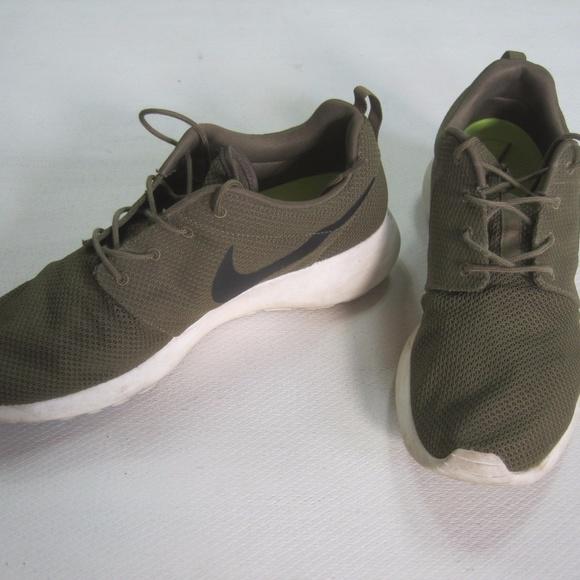 dbdc9bfc9bfe NIKE Mens Shoes Size 13 Athletic ROSHERUN IGUANA. M 59d915c64225be8bb0056538