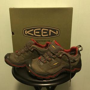 d74daa32740 Keen Durand Low Women's Hiking Boots