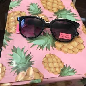 Betsey Johnson sunglasses with gold detail