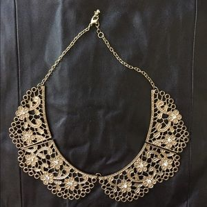 Gold metallic floral choker necklace NEW