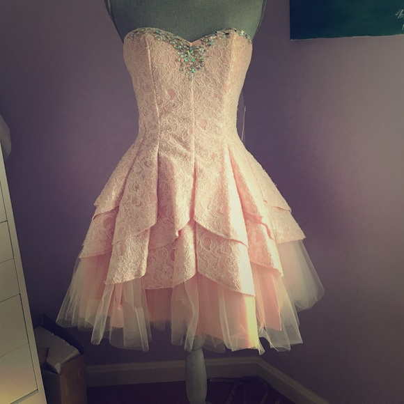 Masquerade Short Modern Gown In Pink Ivory Lace