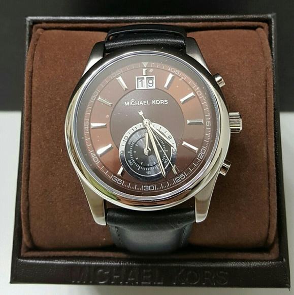 838fdd965111 BRAND NEW Michael Kors Chronograph watch