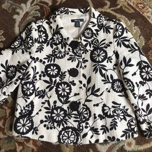 Clearance Style&co size 10P black and cream jacket
