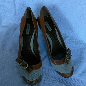 Authentic beautiful Burberry shoes