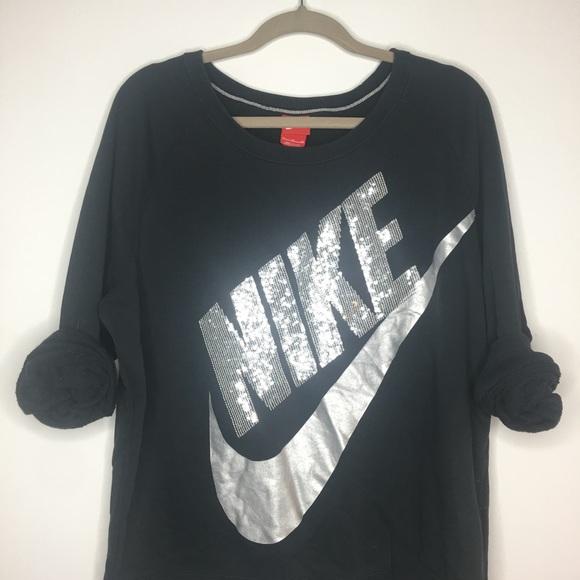 11ed31970cb0 Nike sequin sweatshirt. M 59d93c524e8d17b7e906175c