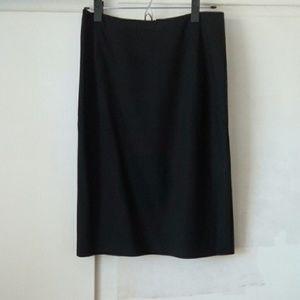 Theory wool black pencil skirt size 2