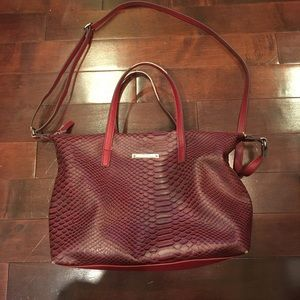 Nine West faux leather snakeskin red handbag purse