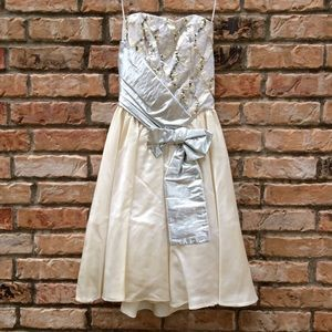 Vintage 1980s Loralie silver prom dress