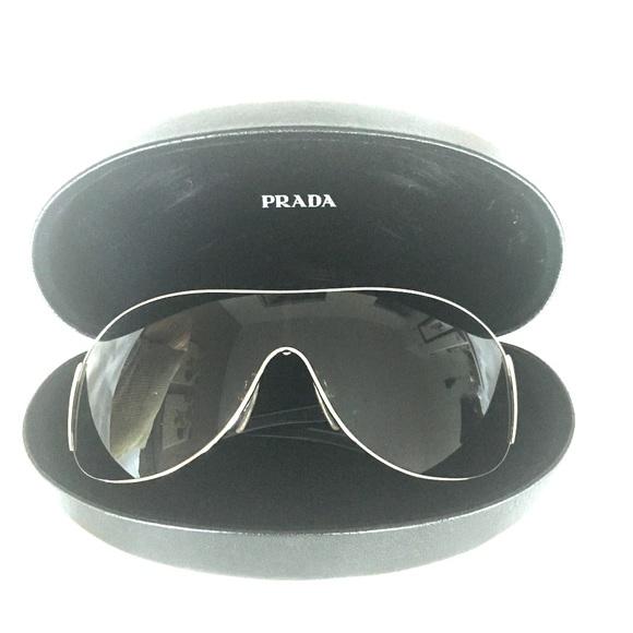 cc110334e3d2c 100% Authentic Prada Aviator Sunglasses SPR 52H