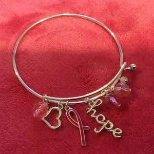💕🎀🎉 H P 🎉 Breast Cancer Charm Bracelet