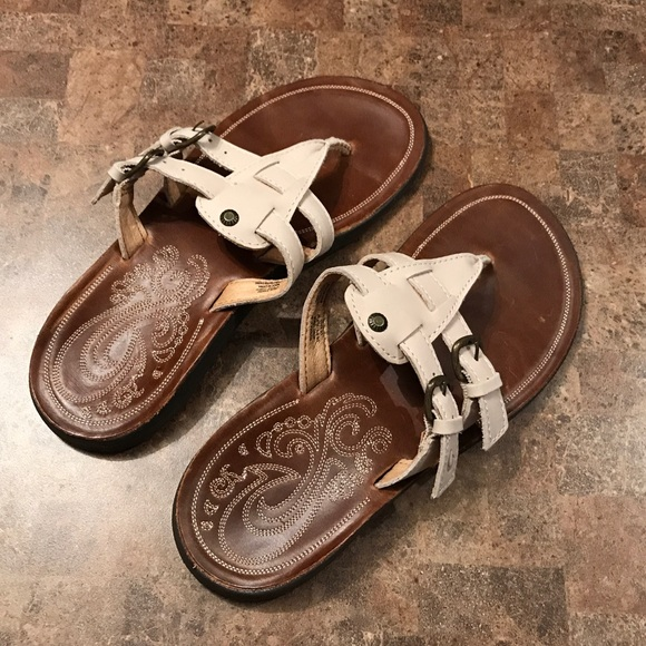 88b8ff441e13 OluKai Shoes - Olukai Honoka a Leather Sandals