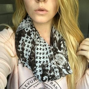 Accessories - Printed Light Weight Infinity Scarf