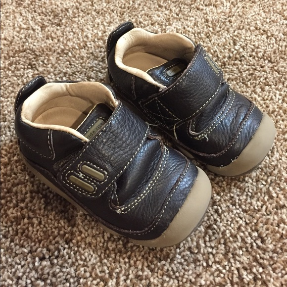 Stride Rite Extra Wide Toddler Shoes
