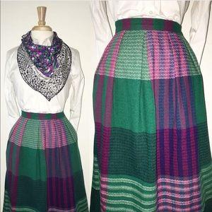VTG Diane Von  Furstenburg Skirt w/ side pockets