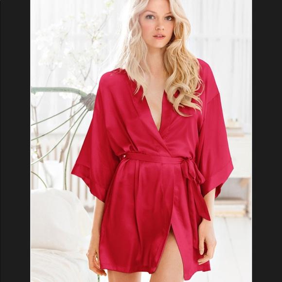 72aef5797641 Victoria Secret Red Silk Robe. M 59d96aa0bcd4a7d75c06dd32