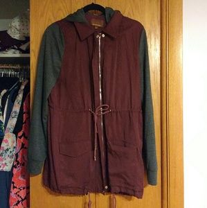 NWOT Hive & Honey maroon/gray anorak jacket
