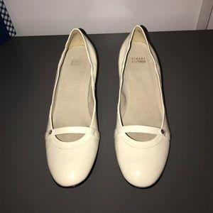 Stuart Weitzman white patent leather heels SZ10NWT