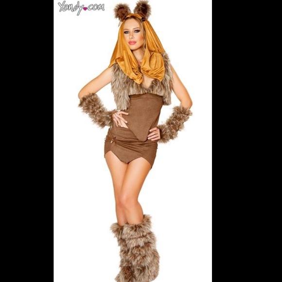 daeb256d0 Star Wars Ewok Halloween costume. M_59d997a42de51260b707b55d