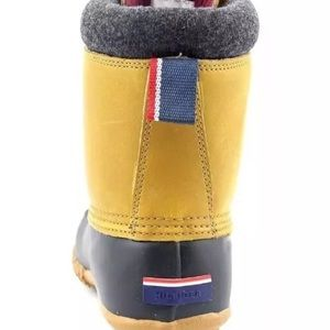 dd76ce5300fa Tommy Hilfiger Shoes - Tommy Hilfiger Russel Women Duck Snow Boots Size 6