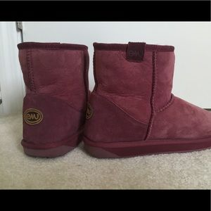 PINK EMU ANKLE BOOTS SIZE 10
