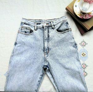 Vintage high waisted acid wash jordache jeans