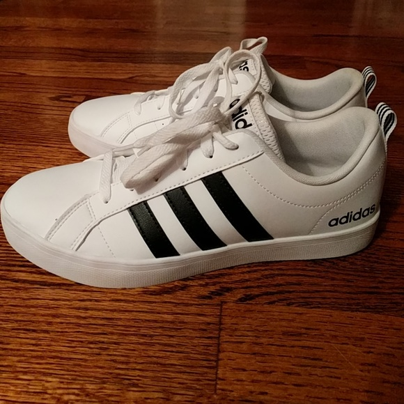 WOMEN'S ADIDAS White Leather Sneakers Shoes 9.5