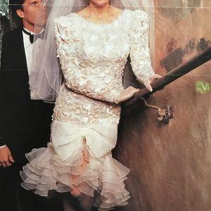 Wedding Dress 4 and Veil