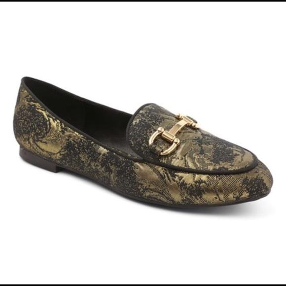 839070fbfec XOXO black  gold Loafers