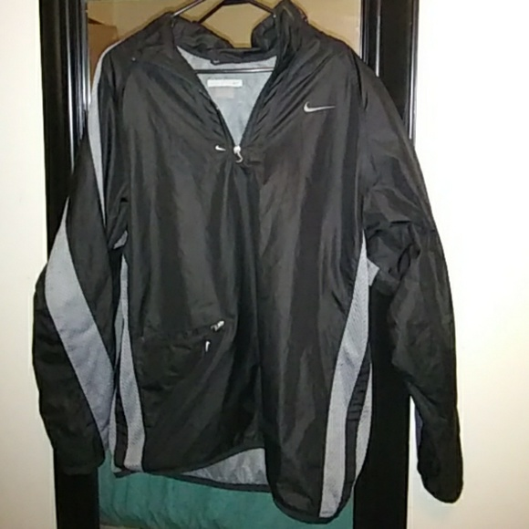 456d0689e636 Old School Nike Windbreaker. M 59da27da2ba50a263b08dd9c
