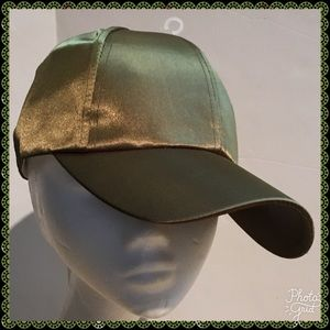Accessories - SATIN BASEBALL  CAP FOR A HOME RUN LOOK