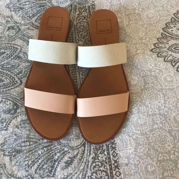 417a9f0ad9a Dolce Vita Pris Wedge Sandal - Never Worn