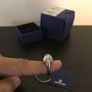 Swarovski Jewelry - 💕SALE💕Genuine Swarovski vanilla ring 362a27820f7a