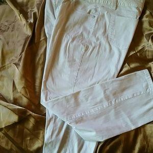 Bandolino white stretch Jean size 14