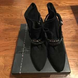 Steven belted suede booties in size 10