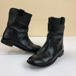 FRYE Paige Short Boot in Black, size 5.5