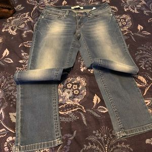 Levi's ankle jeans