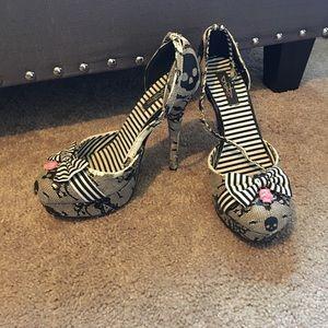 ☠️NEW ARRIVAL☠️ Iron Fist heels