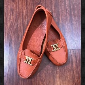 TORY BURCH Kendrick Orange Leather Moccasin Loafer