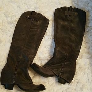Fergie Boots like new